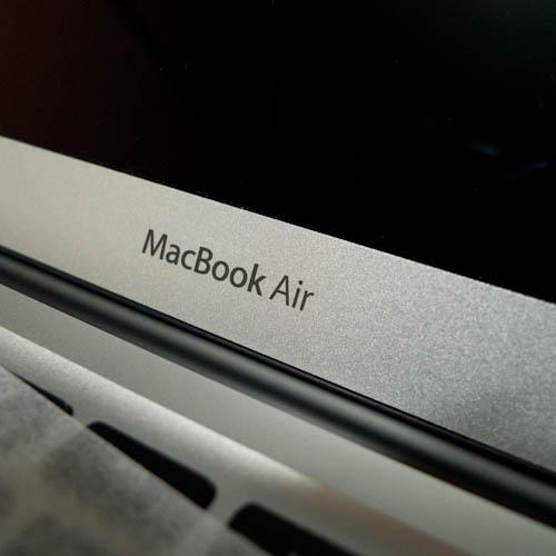 MacBook Air 13インチの2GB(2ギガ)仕様